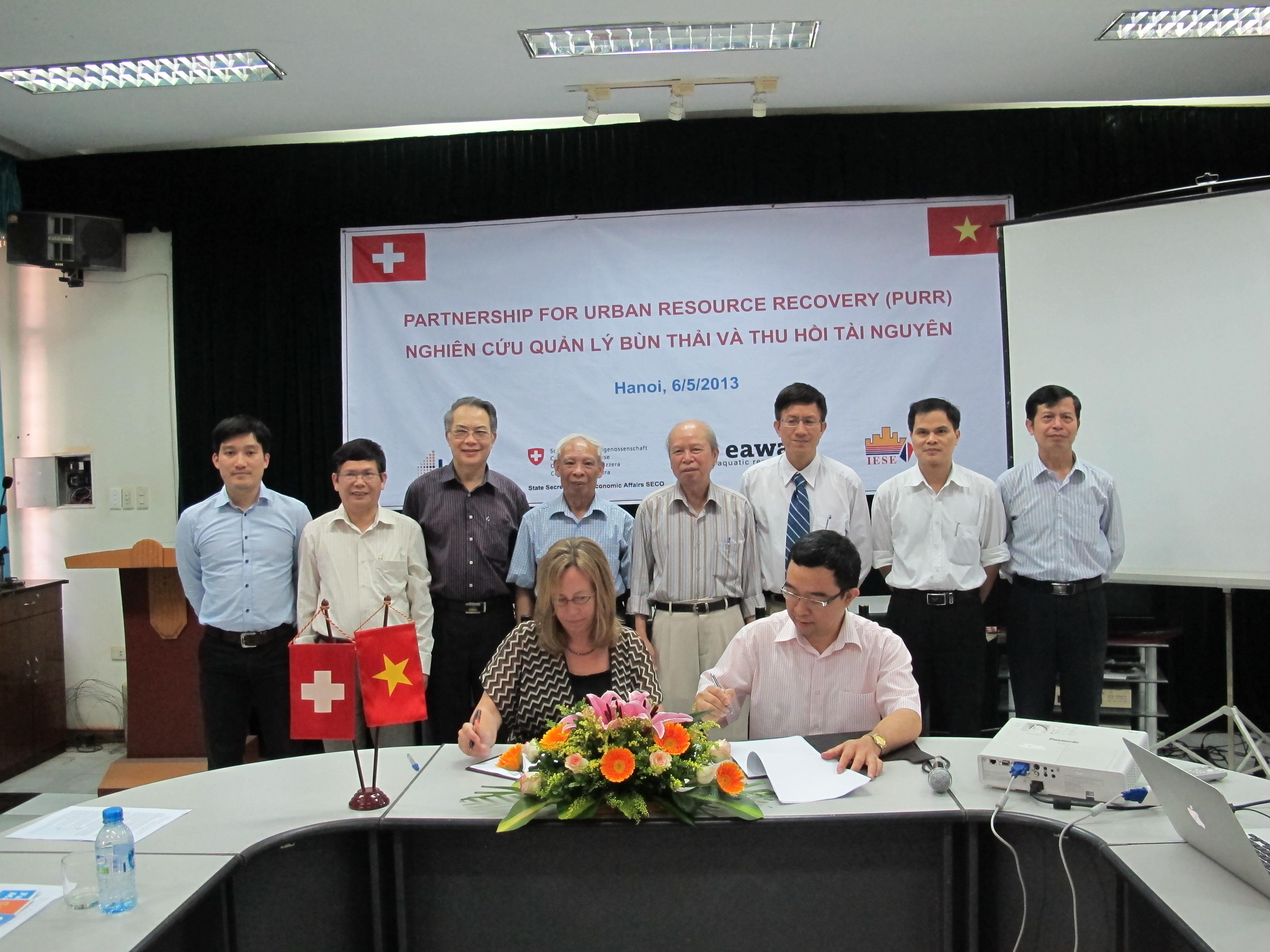 Lễ ký kết Thỏa thuận hợp tác với Viện NC Nước EAWAG, Thụy Sĩ