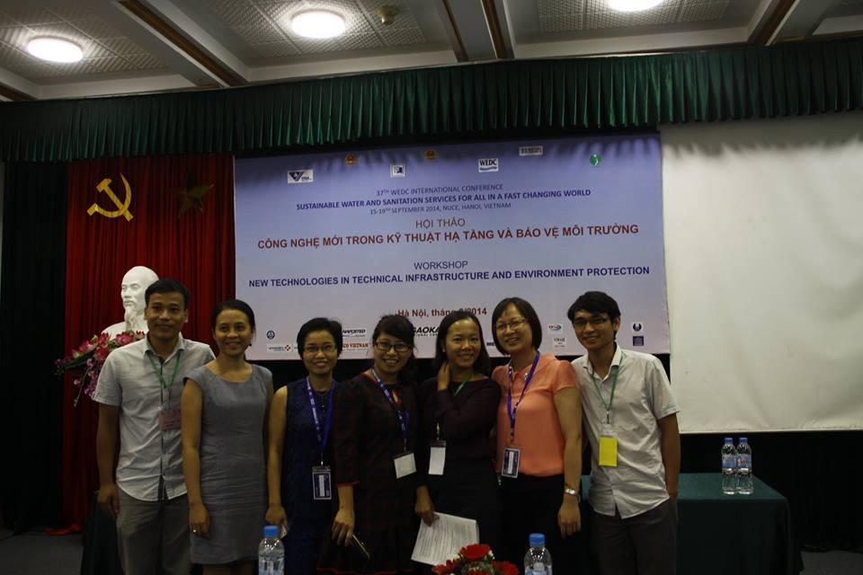 Các thầy cô tham dự hội thảo WEDC